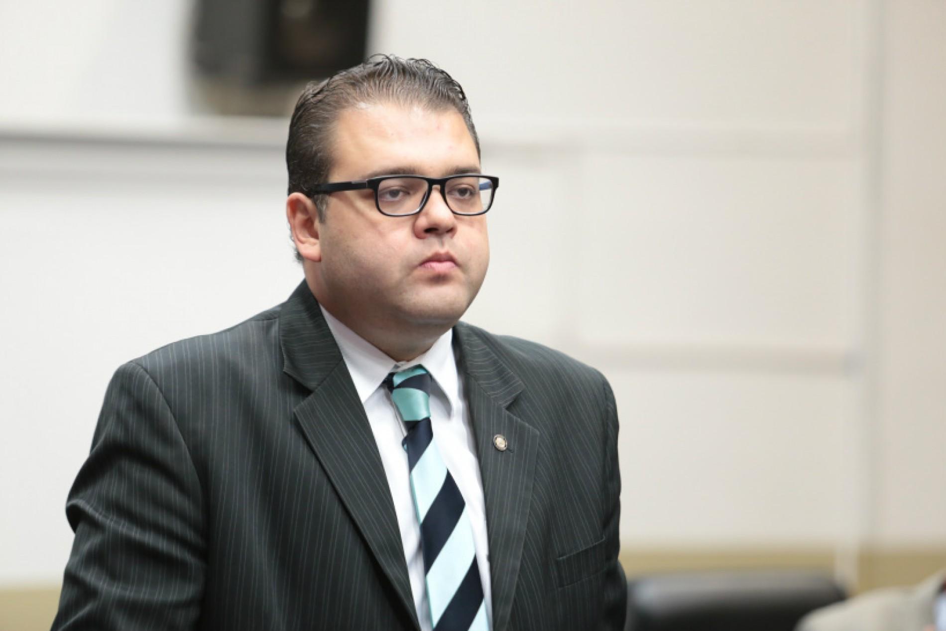 Alan Guedes prioriza segurança em Dourados